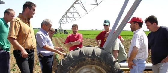 Groupe d 39 agriculteurs et giee chambres d 39 agriculture - Chambre d agriculture offre d emploi ...